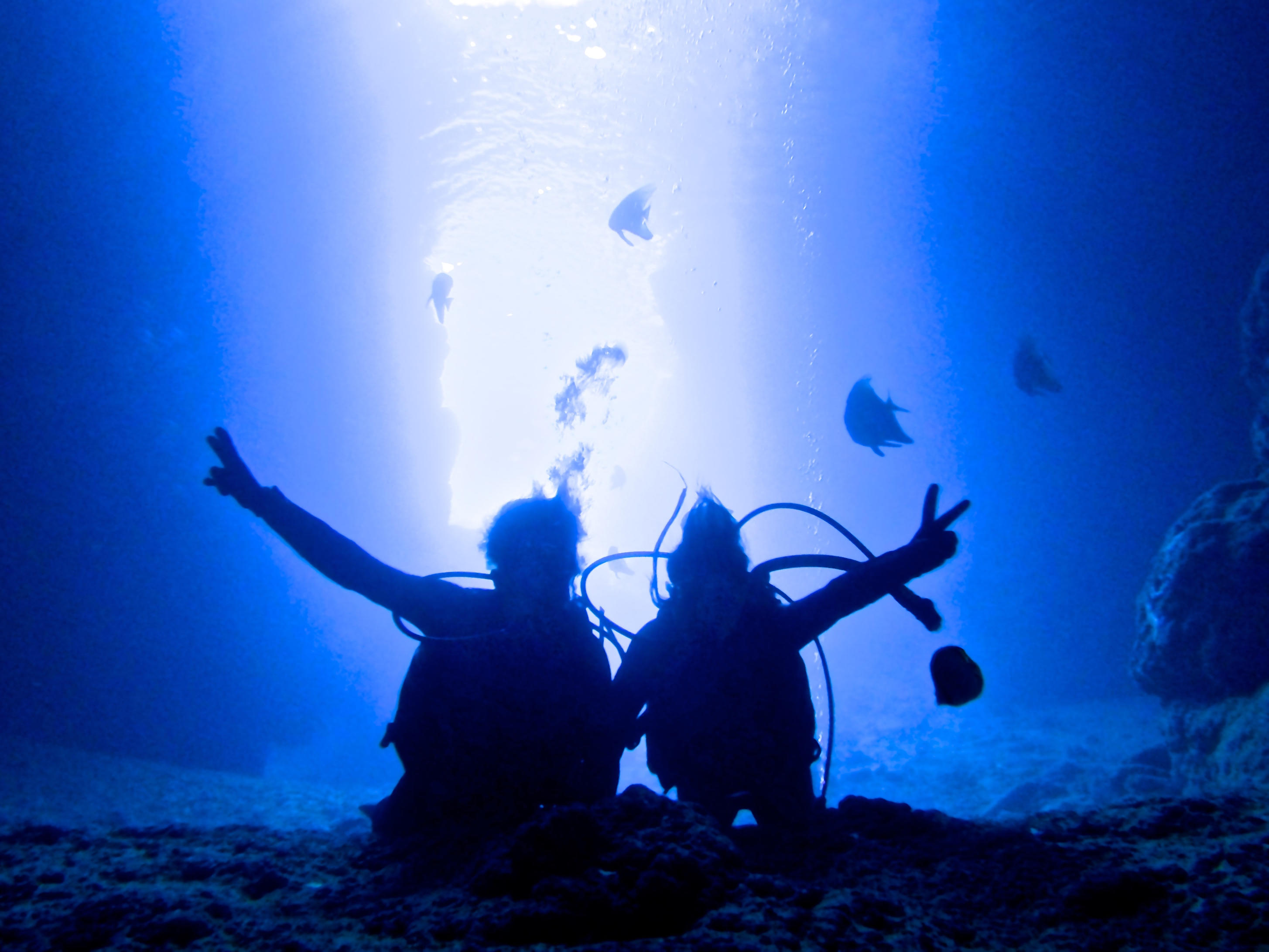 The Blue Cave Experience diving plan